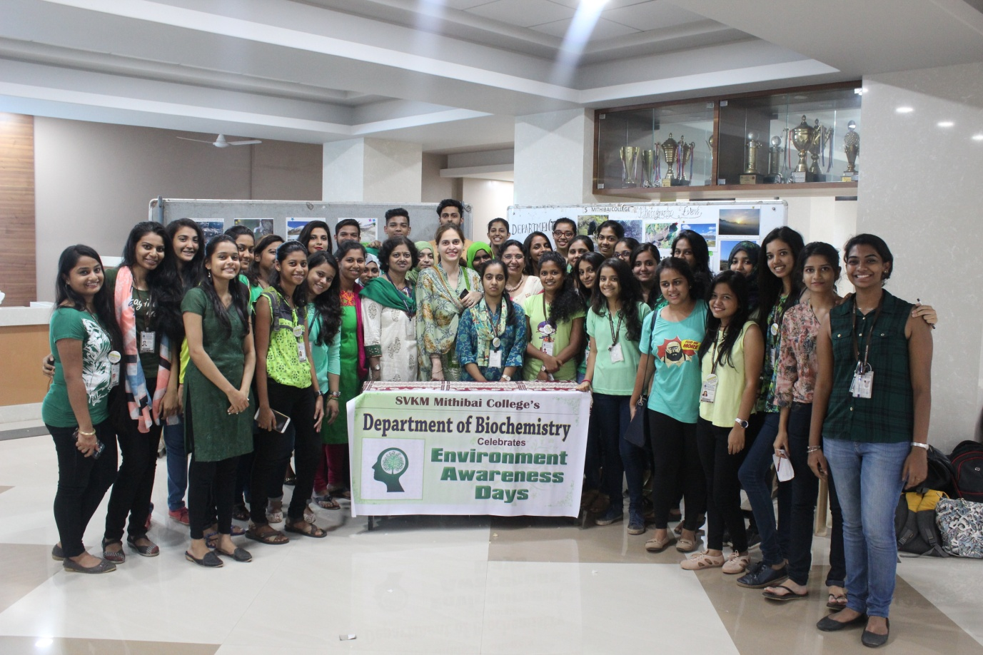 The Staff and Students of Mithibai College celebra